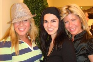 Paws - Kerry Schorr, Josephine Albanese and Sally Schorr 3