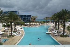 3 - Fontainebleau Hotel pool overview