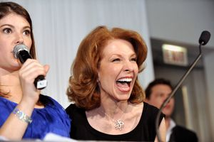 Blog 21 - Sheryl Dyer from Van Cleef onstage with Gail Simmons