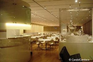 Blog 17 - Modern's restaurant designed by Dirk Lohan