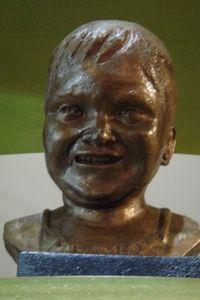 Blog - Porcelain bronzed busts