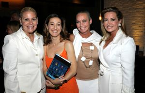Gallery - Whitney, Shauna and me with Paula