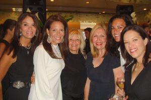 Blog 15 - Mary Ann Murphy, co-chair Rebecca Besser, Donna Kleinman, Robin Berger, Liz Ryan and Sophie Bross