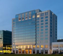 Hotel-arista-exterior-[gadling-bumper]