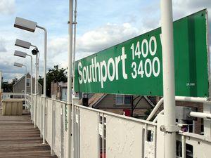 Southport-el-stop