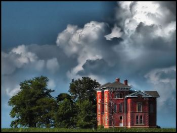 Blog 1 - Towanda Meadows-Duncan Mansion (Pic courtesy of Rascaille Rabbit)