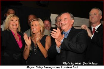 Blog 1 - Mayor Daley having some Lovefest fun!