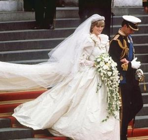 Princess-diana-wedding-gown1