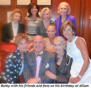 Blog 1 - Bunky and his fans-friends on his birthday at Allium