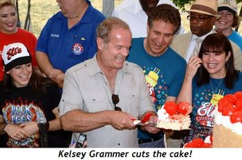 Blog 1 - Kelsey Grammer cuts the cake!