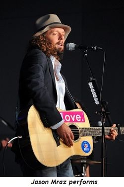 5 - Jason Mraz performs