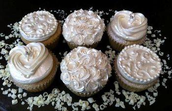 Whiteweddingcupcakes