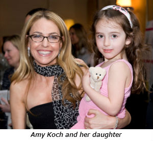 Amy_Koch_and_her_daughter_-