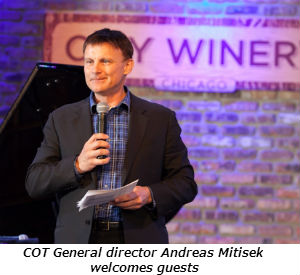 COT General Director Andreas Mitisek addresses the Gala guests before the live auction - Photo Credit David Turner Photography
