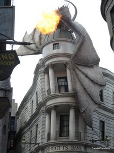 Fire-breathing dragon atop Gringott's Bank