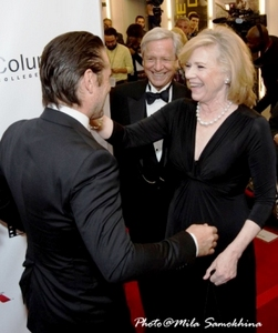 A happy meet-up on the Red Carpet (Colin Farrell and Liv Ullmann)