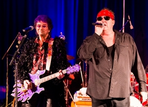 Jim Peterik and Mike Reno of World Stage entertain
