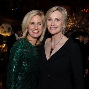 Co-chair Elizabeth Cole and Jane Lynch