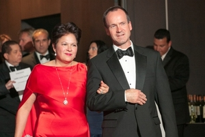 Patricia Maza Pittsford, Dean of the Chicago Consular Corps & Consul General of El Salvador, and Philip Pittsford