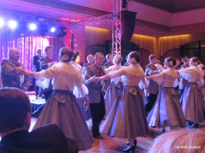 Wici Song & Dance Company performing the Polonaise