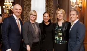John McGowan, Wendy Raymer, Laurie Metcalf, Diane Whatton, and John Benevides